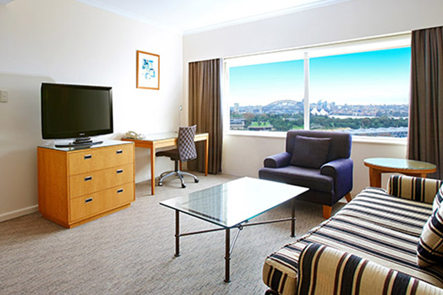 Harbour View Room at Holiday Inn Potts Point