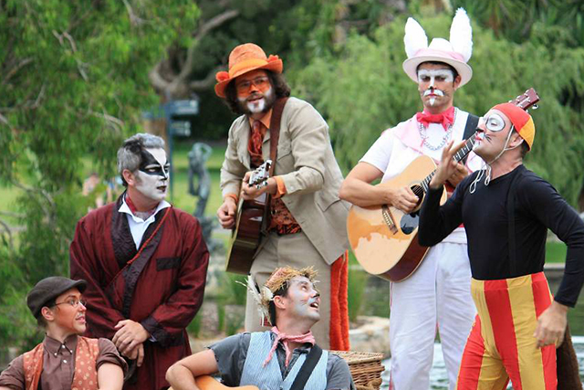 Wind in the WIllows at Royal Botanic Gardens - Photograph, Timeout